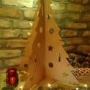 Hullámkarton karácsonyfa