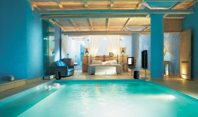 3-bedroom-with-pool-Mykonos-Blu-Resort-665x393