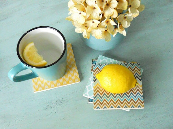 DIY-wallpaper-coasters