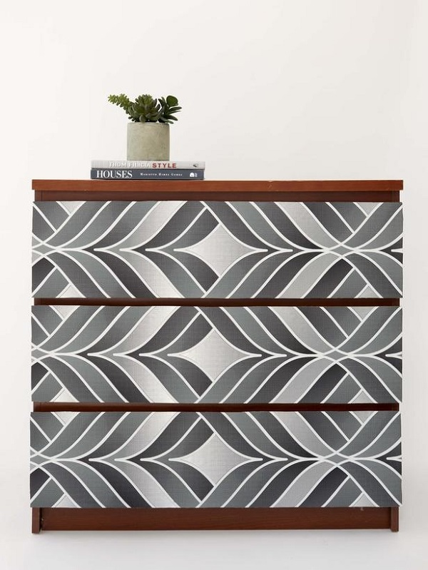 Gray-gradient-wallpaper-dresser-DIY