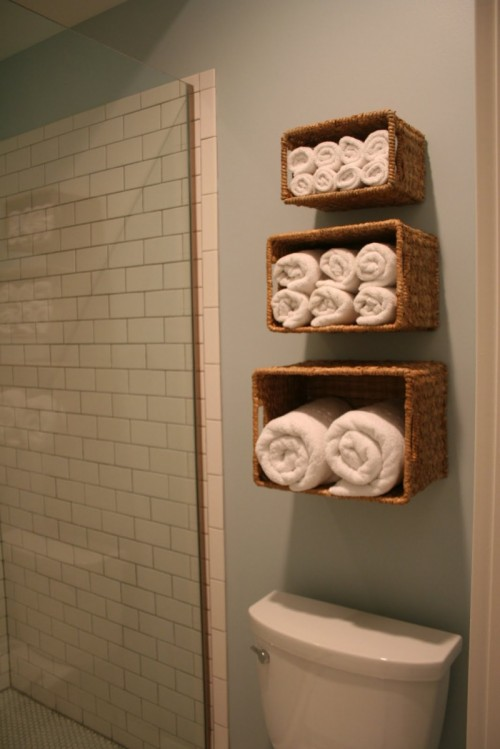 diy-storage-for-bathroom-linen-2-500x749
