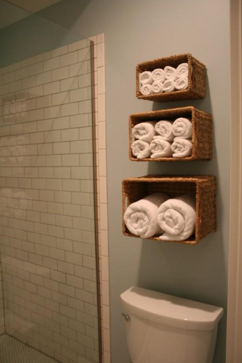 diy-storage-for-bathroom-linen-2-500x749