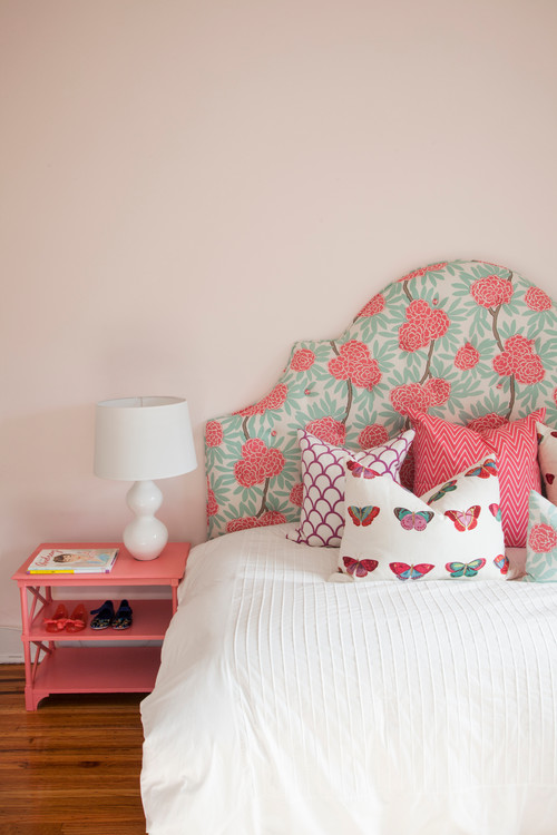 eclectic-bedroom-pink-color