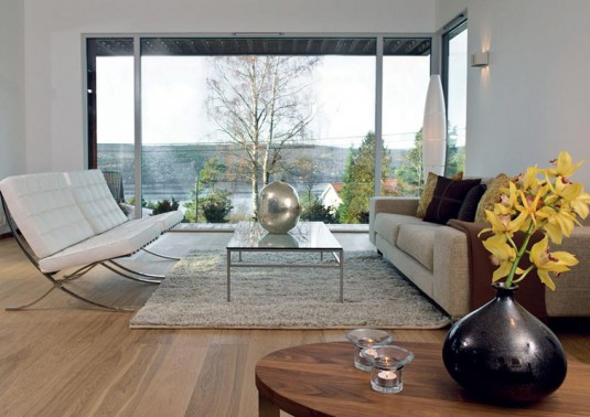 living-room-with-large-glass-window-535x378