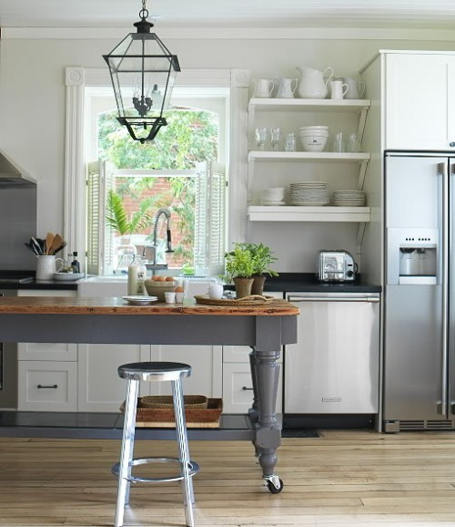 open-shelves-on-kitchen-8-500x578