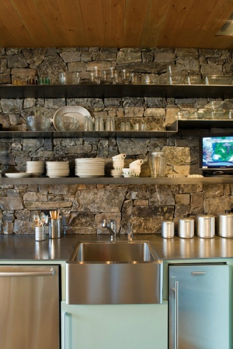 stone-kitchen-backsplash