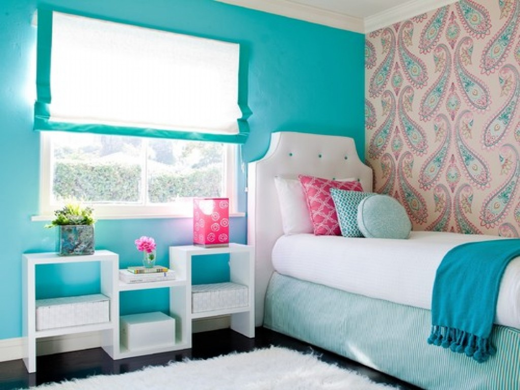teenage-girl-room-ideas-blue-1-1024x768