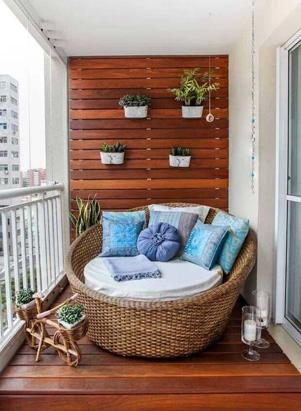 tiny-balcony-furniture-12