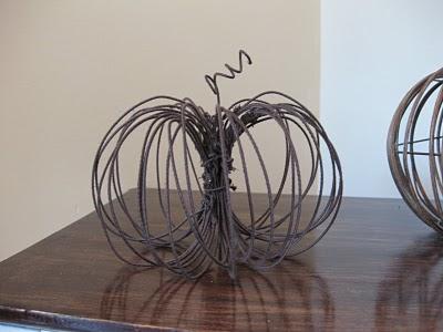 wire-pumpkins